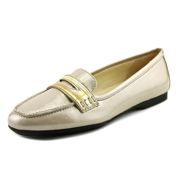 Amalfi By Rangoni Augusta W Moc Toe Patent Leather Loafer