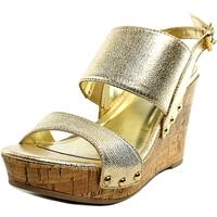 Material Girl Mona 1 Women Pale Gold Sandals