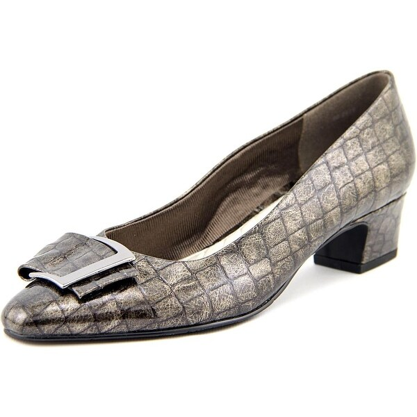 Easy Street Wisteria Pewter Pumps