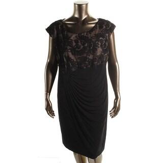 Connected Apparel Womens Plus Cocktail Dress Applique Knee-Length