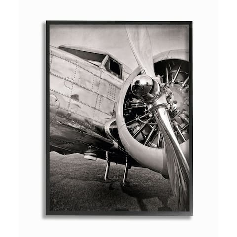 Stupell Industries Old School Vintage Airplane Propeller Black And White Photograph Framed Wall Art