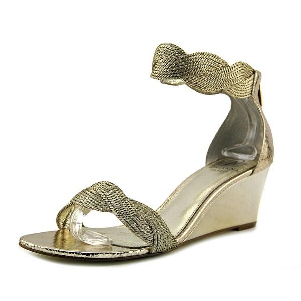 Adrianna Papell Adelaide Women Platino Metallic Sandals