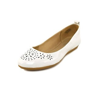 Easy Spirit Gramercy Round Toe Patent Leather Flats
