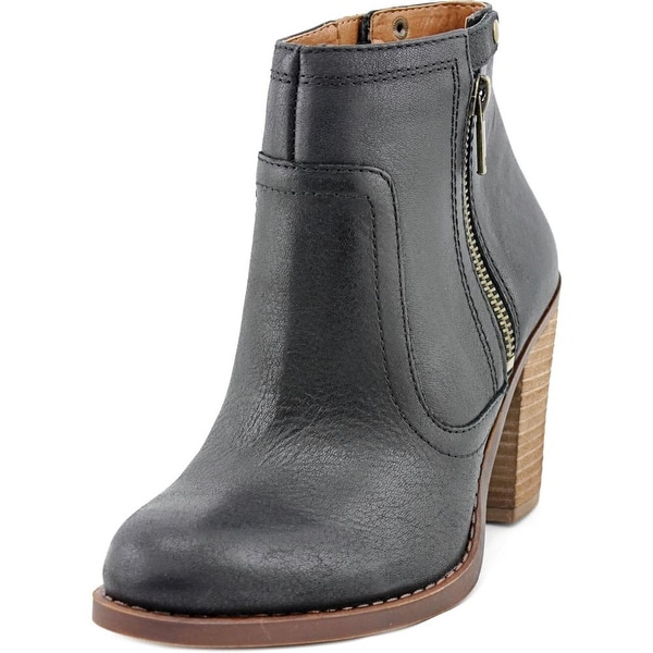 Lucky Brand Eugina Round Toe Leather Ankle Boot