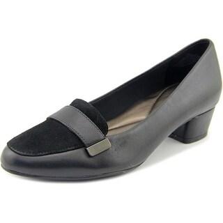 Easy Spirit Ulana W Round Toe Leather Loafer