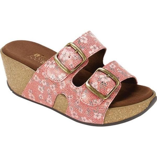 Shop White Mountain Women S Chandler Slide Sandal Cherry