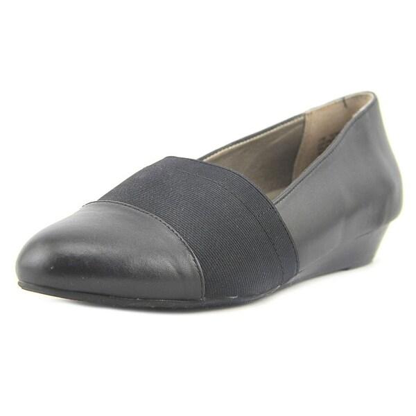 Array Kai Women W Round Toe Leather Black Loafer