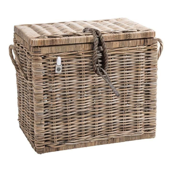 Lidded French country basket trunk