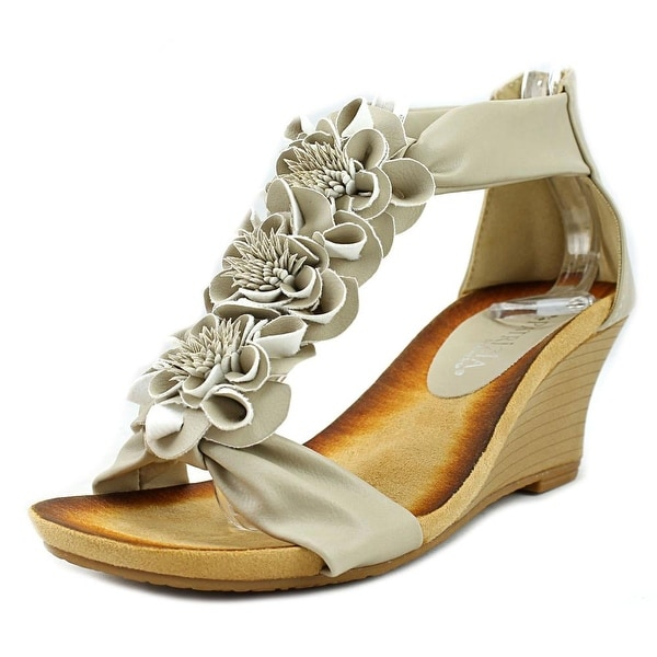 Patrizia By Spring Step Isabella Beige Sandals