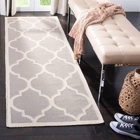 SAFAVIEH Handmade Flatweave Dhurries Sanjuanita Modern Moroccan Wool Rug