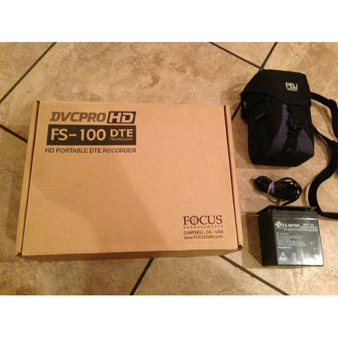 Panasonic FireStore Portable Recorder FS-100 - Data storage wallet - HDD 100 GB