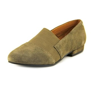GH Bass & Co Giovanna Women W Round Toe Suede Brown Loafer