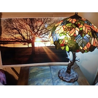 River of Goods Marvel Maple Stained Glass 24.5-inch Tiffany-style Table Lamp With Tree Trunk Base