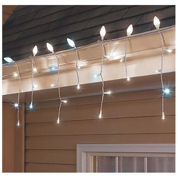Sylvania V42080-71 LED C-Cicle Twinkle Light Set, White, 120 Lights, 9-1/2' L