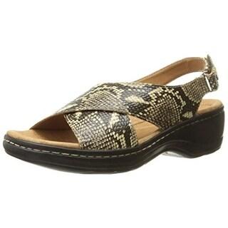 Clarks Womens Hayla Heaven Embossed Platform Slingback Sandals - 8 wide (c,d,w)
