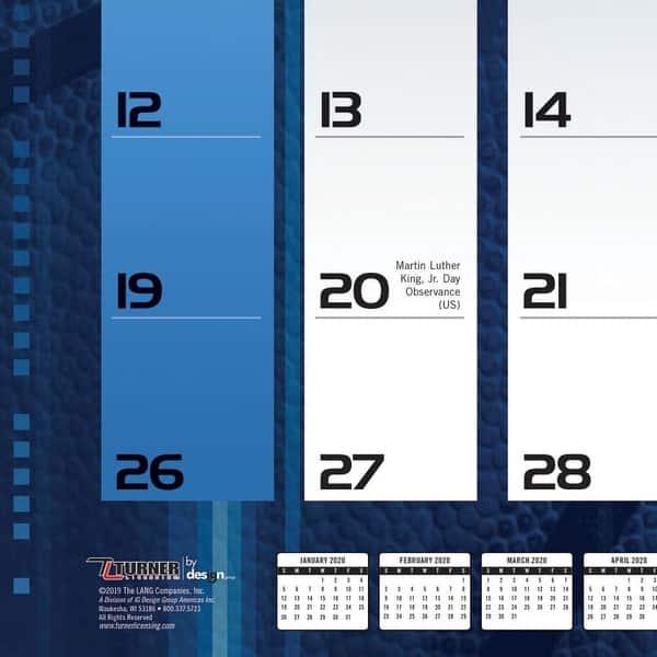 20998061556 Turner Sports Chicago Blackhawks 2020 22X17 Desk Calendar