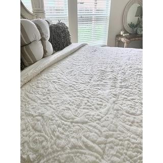 Madison Park Albany Ultra Plush Ivory Comforter Set