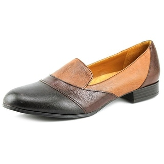 Naturalizer Coretta Women Round Toe Leather Brown Loafer