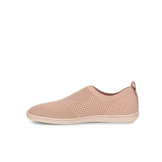 Born Womens Antero Fabric Low Top Slip On Fashion Sneakers