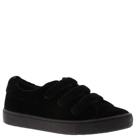 Easy Street Womens Strive Low Top Fashion Sneakers