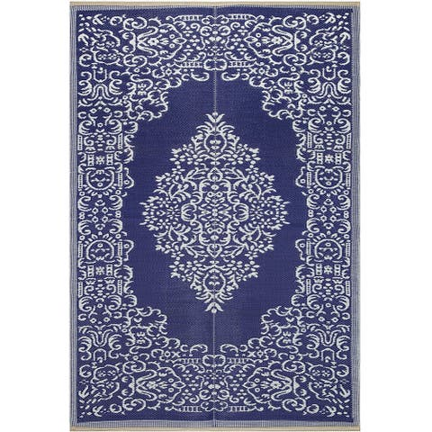 Lightweight Indoor Outdoor Reversible Plastic Area Rug - Medallion Oriental Design
