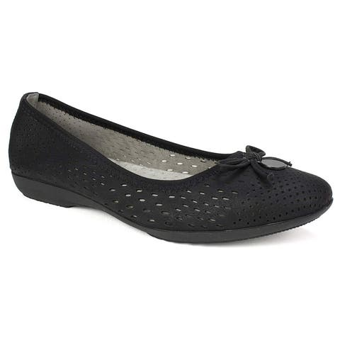 Cliffs by White Mountain Womens Carrie Leather Almond Toe Loafers