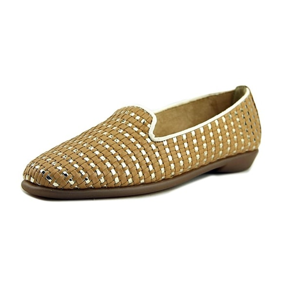 Aerosoles Betunia Women W Round Toe Synthetic Tan Loafer