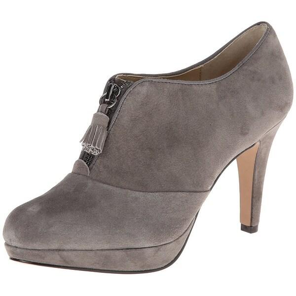 Adrienne Vittadini Footwear Women's Plum Platform Pump