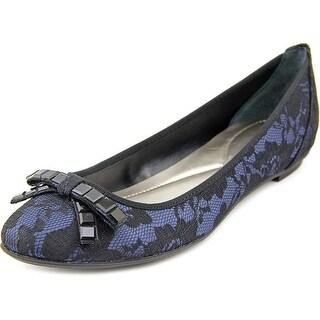 Alfani Juxton Women Round Toe Canvas Black Flats|https://ak1.ostkcdn.com/images/products/is/images/direct/e475a4617e2e7a5e68f83f4d5ef0ddadd0091a1a/Alfani-Juxton-Women-Round-Toe-Canvas-Black-Flats.jpg?_ostk_perf_=percv&impolicy=medium