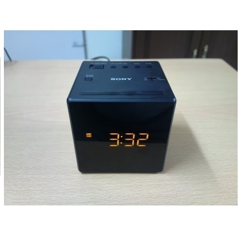 Sony ICFC1BLACK Sony ICF-C1BLACK Desktop Clock Radio - 0.1 W RMS - Mono - 1 x Alarm - FM, AM - Battery Rechargeable - Manual
