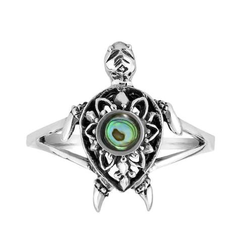 Handmade Mandala Ocean's Spirit Turtle Mother of Pearl Inlay Sterling Silver Ring (Thailand)