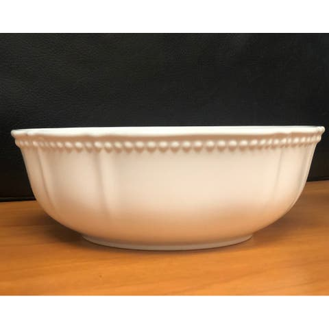 """Red Vanilla Pinpoint White Cereal/Soup Bowl 7"""" 30oz Set/4"""