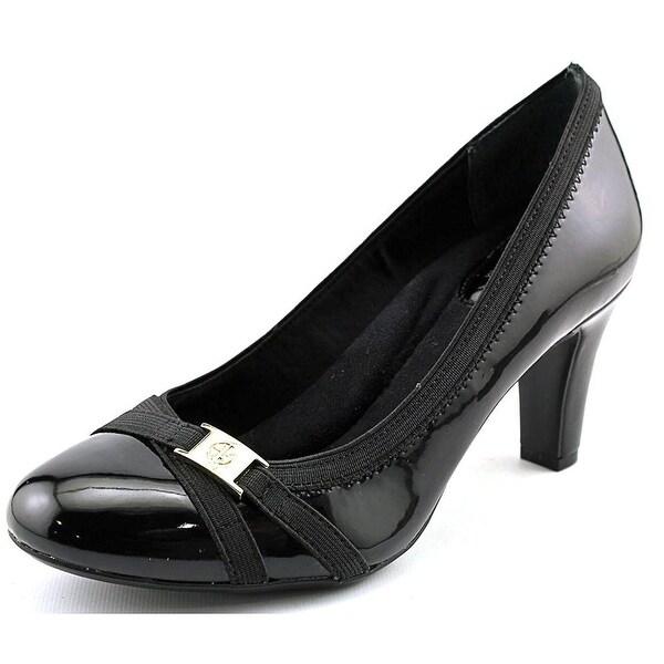 Giani Bernini Womens Vollett Leather Closed Toe Classic Pumps
