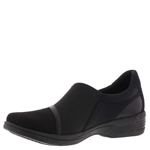 SoLite by Easy Street Womens Dreamy Fabric Round Toe Loafers