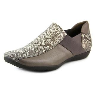 Sesto Meucci Graham Women Round Toe Leather Loafer