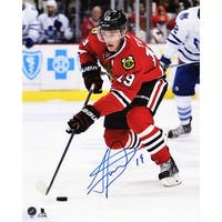 Jonathan Toews Chicago Blackhawks With Puck Action 8x10 Photo