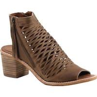 Diba True Women's Close Doors Caged Sandal Cognac Leather