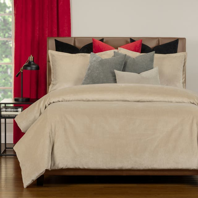 Mixology Padma 10 Piece Duvet Cover and Insert Set - Parchment - California King