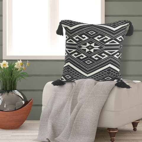 Simple Nordic Geometric Throw Pillow with Tassels