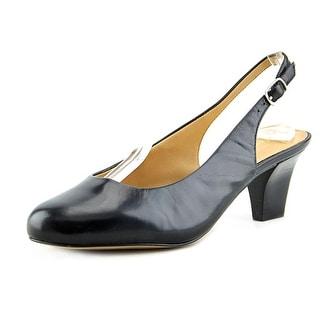 Trotters Pella Women N/S Round Toe Leather Slingback Heel