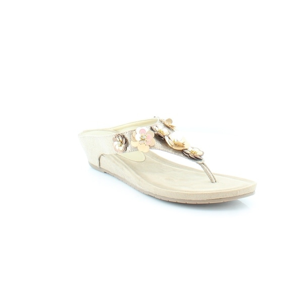 Kenneth Cole Reaction Great Party Women's Sandals & Flip Flops Soft Gold