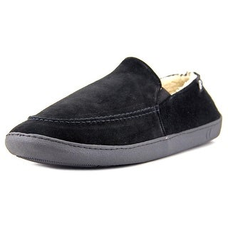 Isotoner A91367 Round Toe Suede Slipper