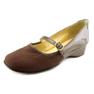 Taryn Rose Kandy Women Round Toe Patent Leather Mary Janes
