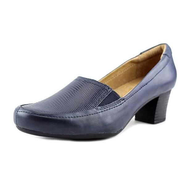 Walksmart Olivia Women W Round Toe Leather Blue Heels