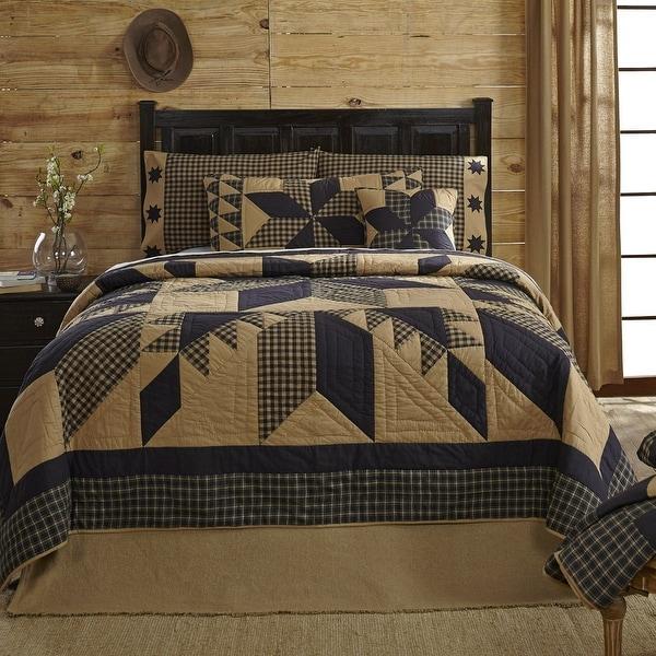 VHC Brands Dakota Star King Cotton Quilt in Black and Tan
