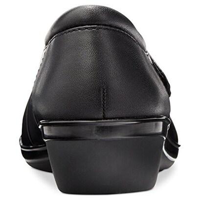 CLARKS Womens everlay tara Leather Closed Toe