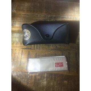 Ray-Ban Justin Classic RB4165 Unisex Black Frame Grey Gradient Lens Sunglasses