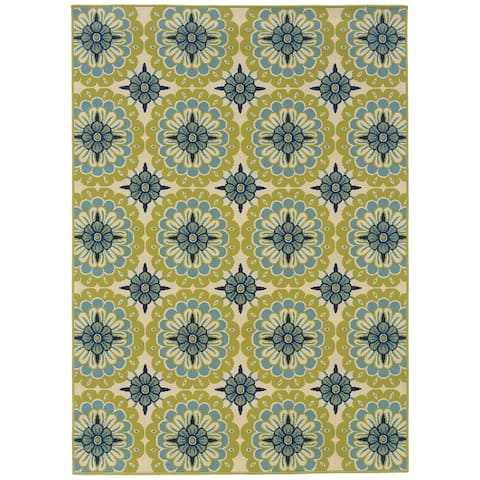 Carson Carrington Mariefred Floral Indoor/ Outdoor Area Rug