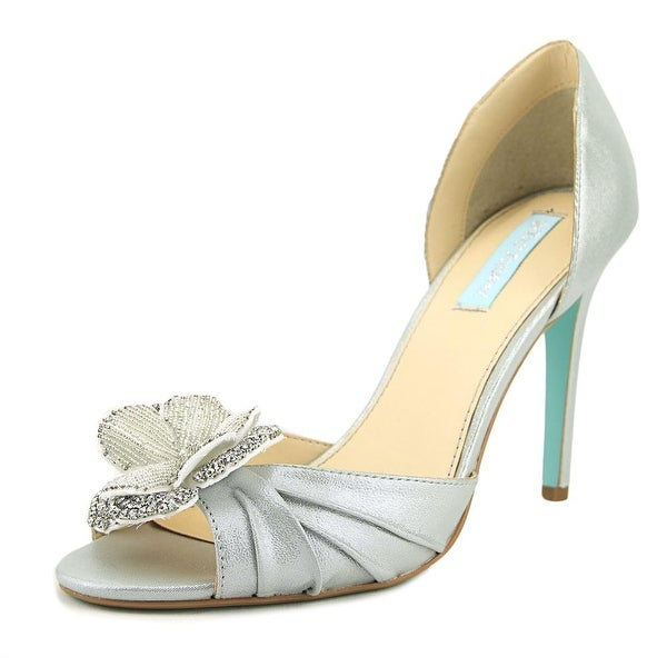 Betsey Johnson Emma Silv Shimr Pumps