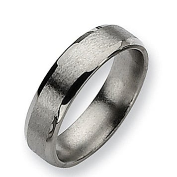 Chisel Beveled Edge Satin and Polished Titanium Ring (6.0 mm)